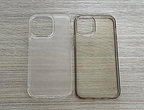 iPhone 13 ProとiPhone 12 Proのケースで背面を比較